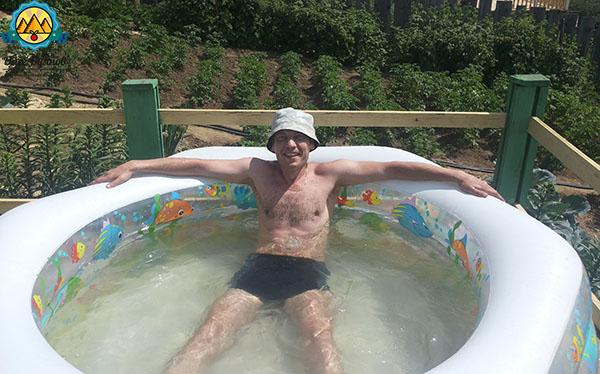 буянов олег в бассейне