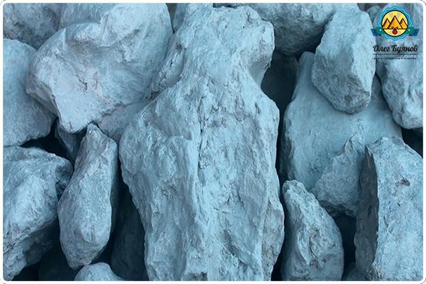 камни голубые