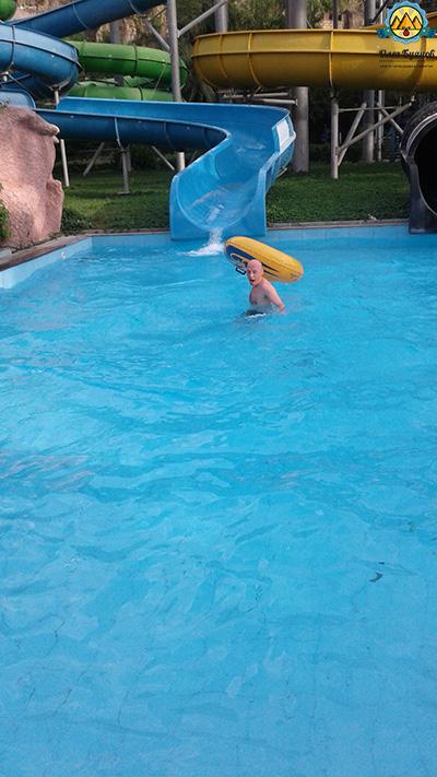 купаюсь на плюшке