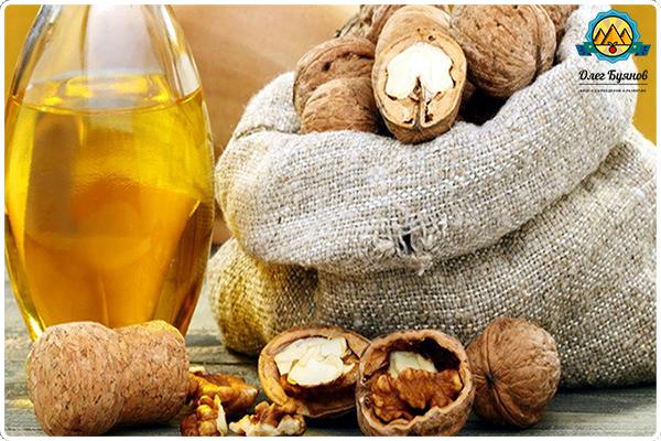 масло и орехи грецкие